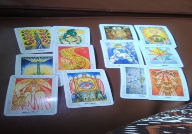 Give a detailed love tarot reading
