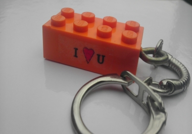 send you a personalised LEGO keyring with any text / image